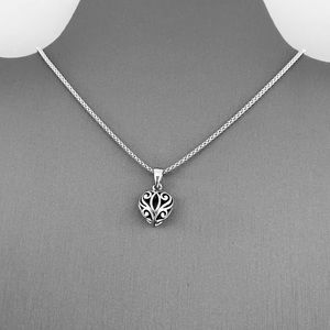 💗💗NEW💗💗Sterling Silver Filigree Heart Necklace
